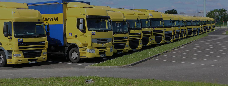 Flotte de camion alignés